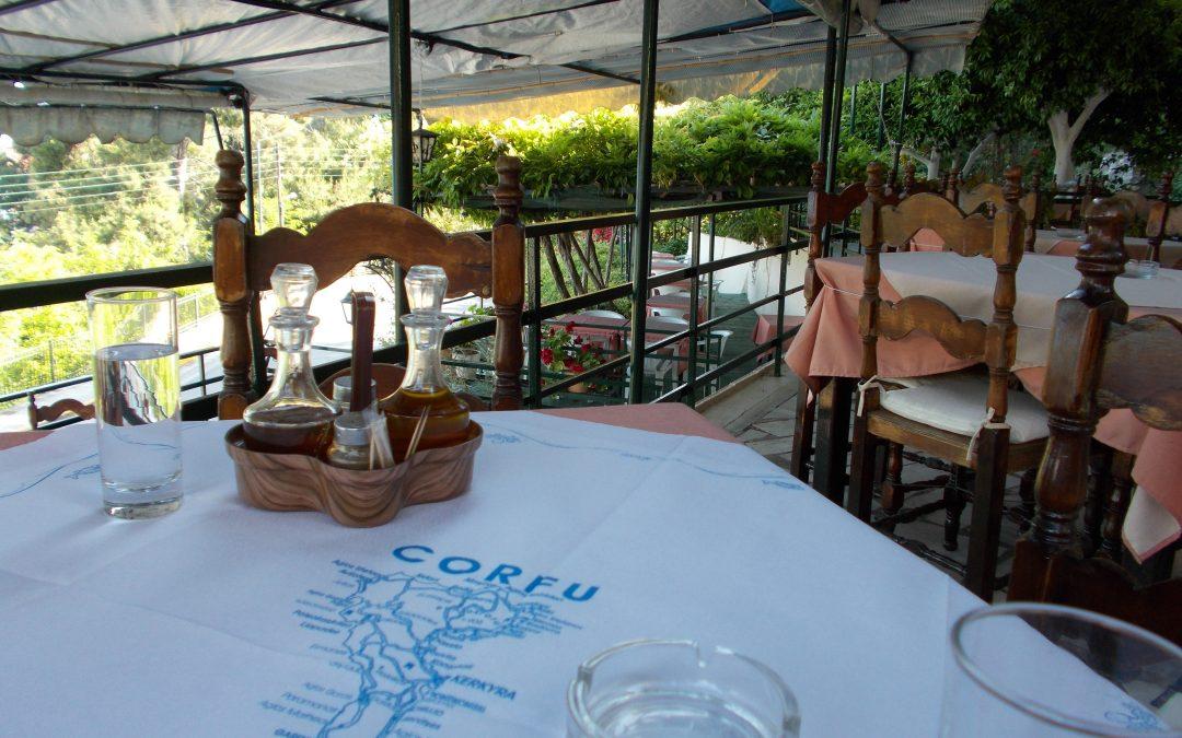 Hoinărind pe dreptane: între Corfu și Kerkyra! (I)