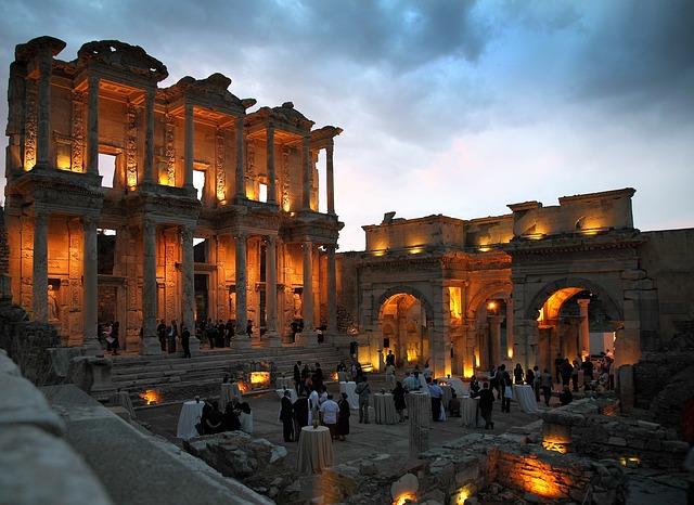 Efes, orașul zeilor păgâni  (I)